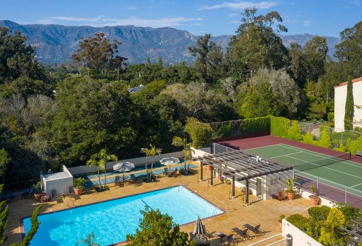 HOA pool, spa, and tennis