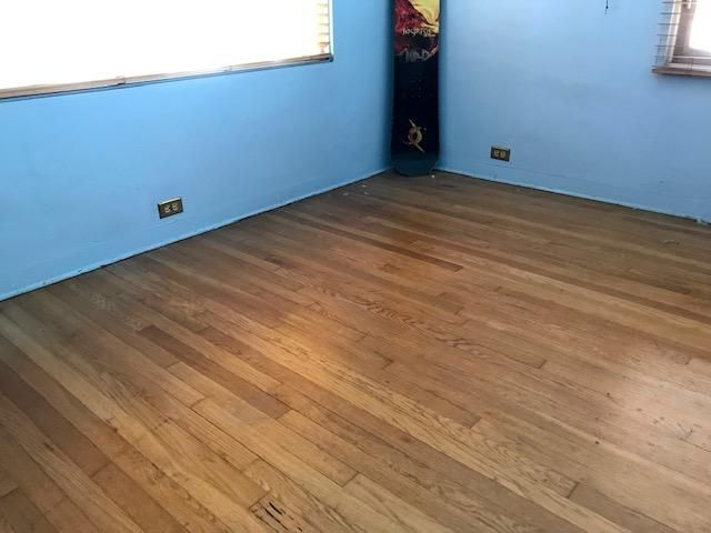 Olive Bedroom wood floor