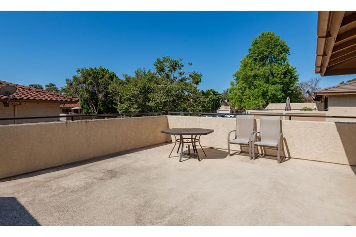 580 Holmes Ave-002-001-Patio-MLS_Size