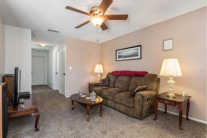 580 Holmes Ave-004-006-Living Room-MLS_S