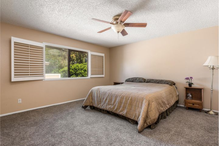 580 Holmes Ave-007-009-Master Bedroom-ML