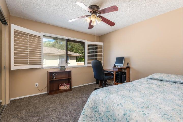 580 Holmes Ave-010-012-Bedroom 2-MLS_Siz