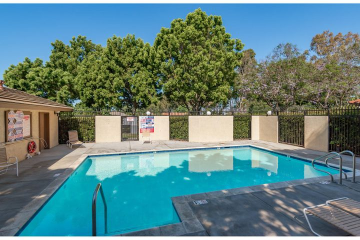 580 Holmes Ave-012-011-Swimming Pool-MLS