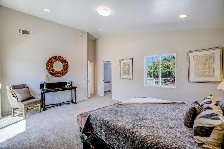 Upstairs master bedroom1
