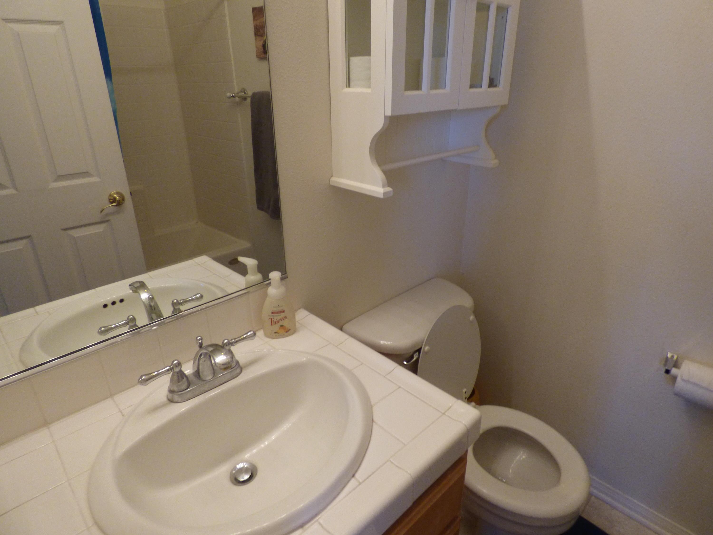 12-Guest Bath