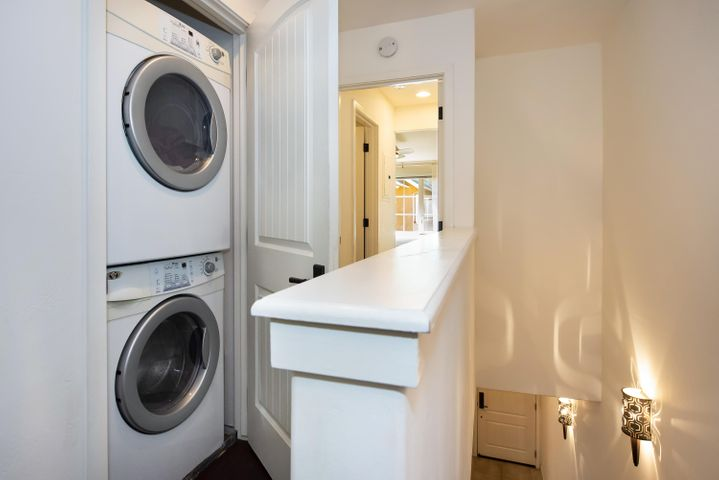 Handy access to laundry