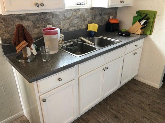280 kitchen closeup