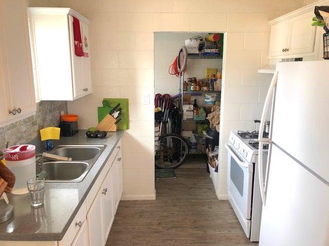 280 kitchen