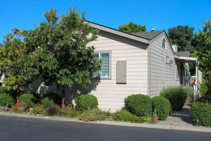 136 Sierra Vista front door side