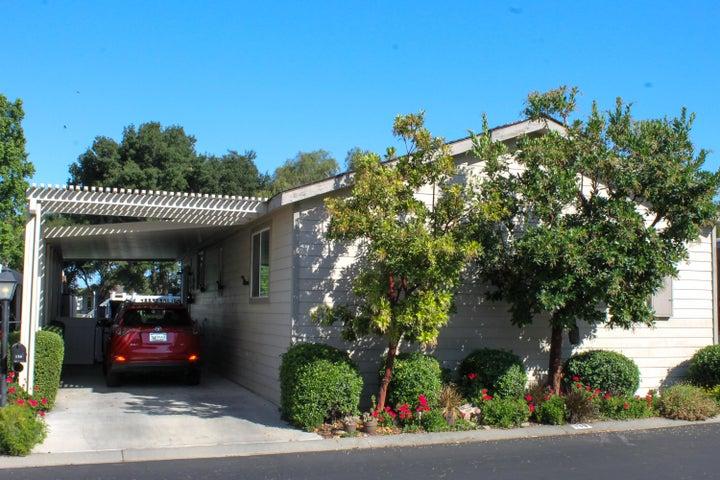 136 Sierra Vista Carport