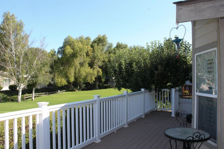 Front patio deck