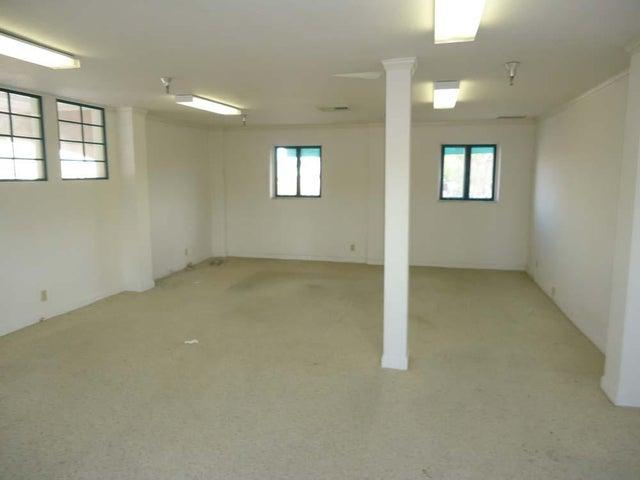 3-Suite-212-Interior-2-MLS