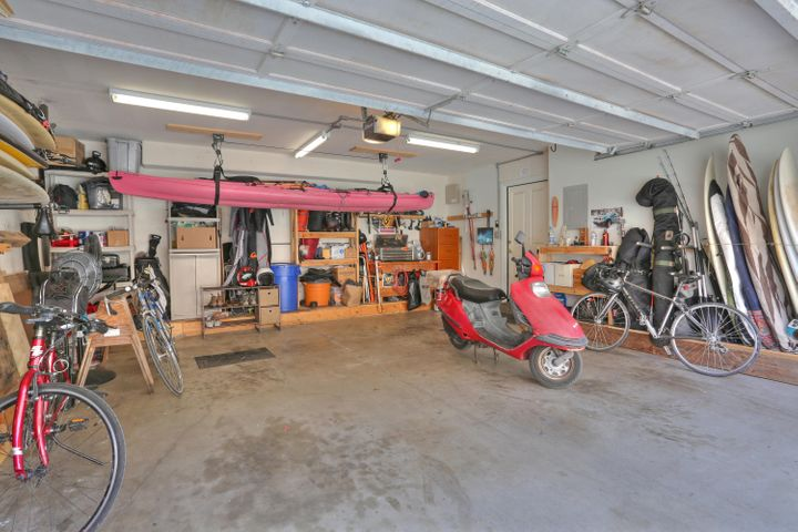 Spacious 2 car garage