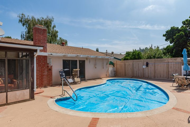 16-Swimming Pool (2)