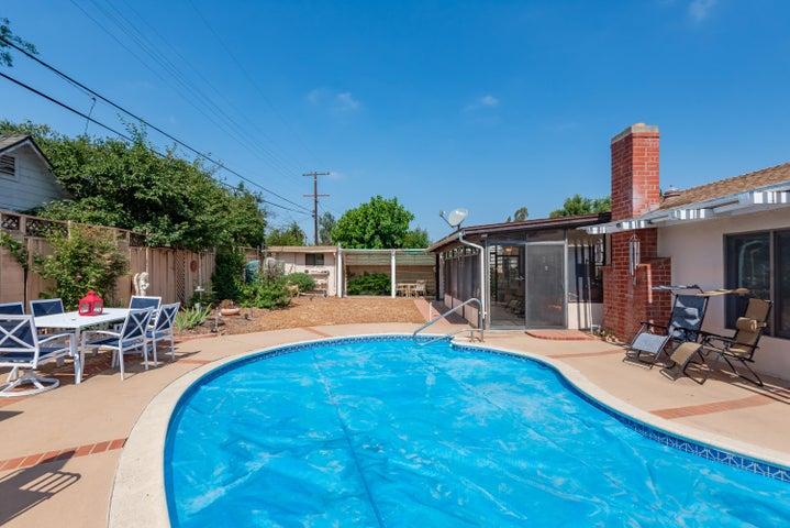 17-Swimming Pool (2)