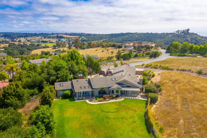 Aerial View of House & Yard