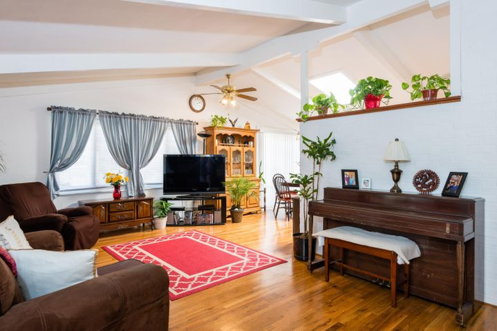 012_Living Room B