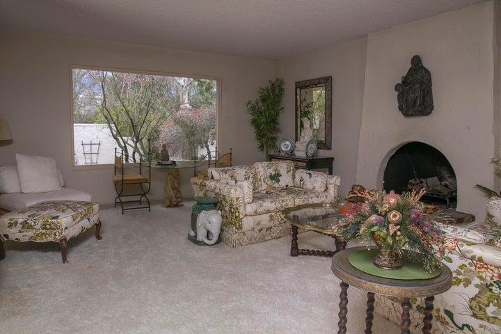 Monte Cristo lane living room #2