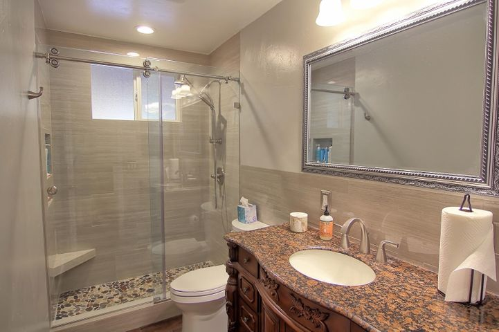 25. Guest bathroom