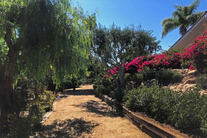 19_Meandering gardens 2