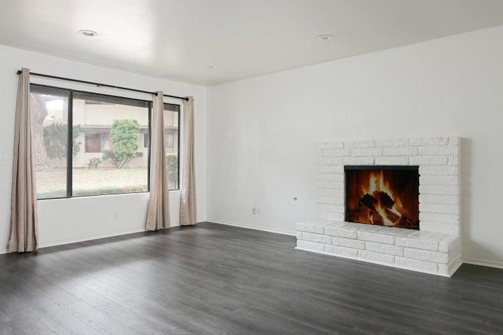 4409 Catlin Cir-003-010-Living Room-MLS_