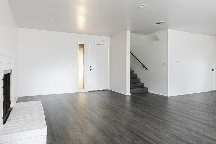 4409 Catlin Cir-004-008-Living Room-MLS_