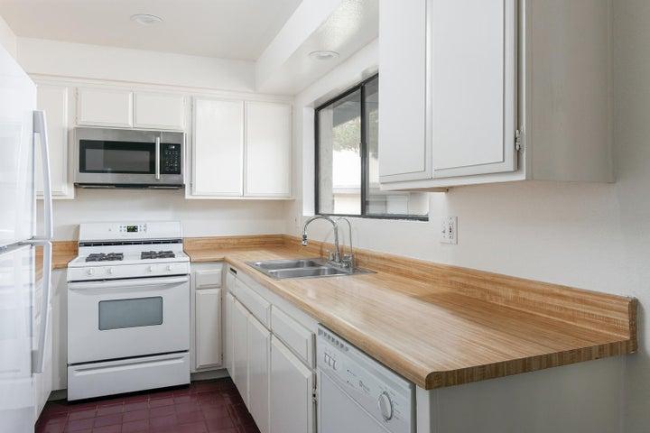 4409 Catlin Cir-007-007-Kitchen-MLS_Size