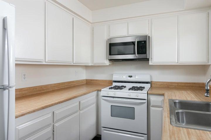 4409 Catlin Cir-008-001-Kitchen-MLS_Size