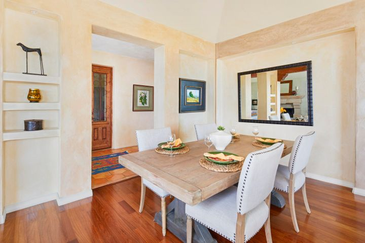 117_calle_bello_dining_room_final13