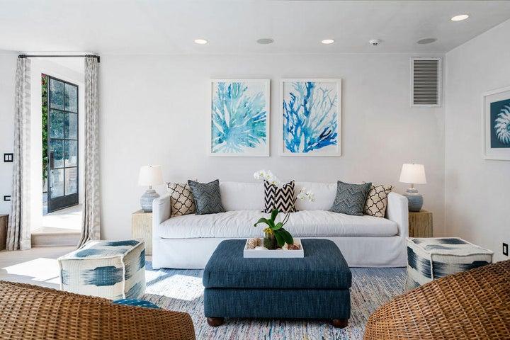 Guest Apartment Living Room