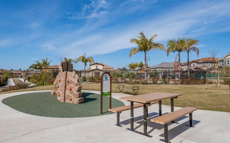 25-Playground