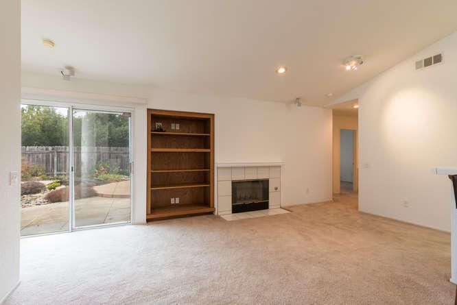 1125 Arnold Ave Lompoc CA-small-011-012-