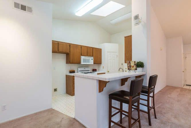 1125 Arnold Ave Lompoc CA-small-015-017-