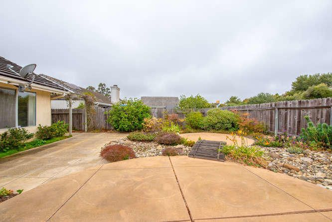 1125 Arnold Ave Lompoc CA-small-032-029-