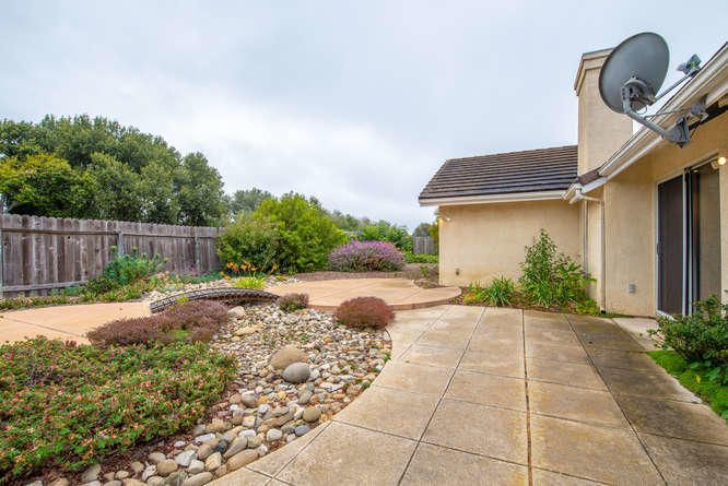 1125 Arnold Ave Lompoc CA-small-033-028-
