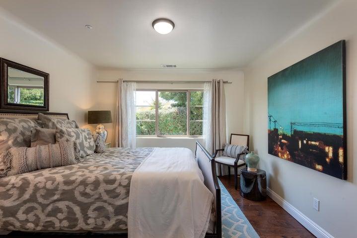 Sunny Bedroom 2