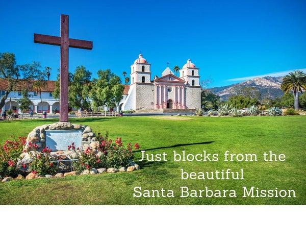 Just blocks from the beautiful Santa Bar