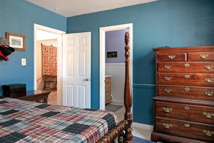 927 Santa Ana Blvd-large-012-004-Bedroom