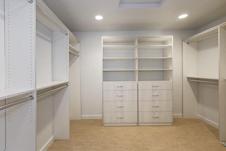Fabulous Master Closet