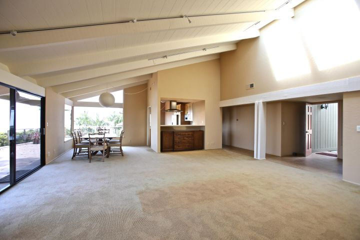 ENTRY, GREAT ROOM, DINING AREA