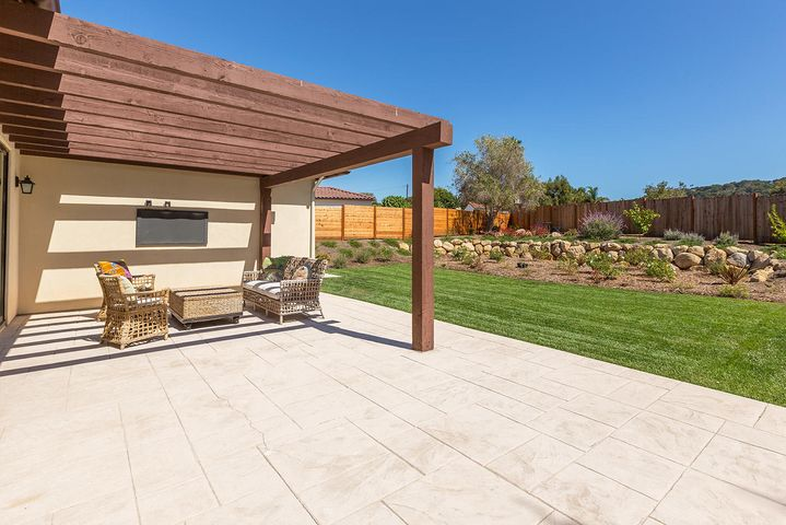 Large patio and yard