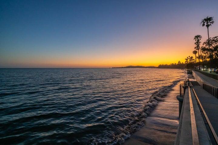 Sunset over Butterfly Beach