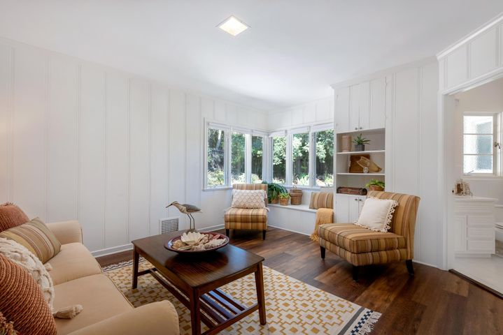 Den/Guest Bedroom