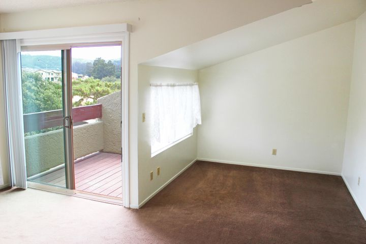 473 E. Rice Ranch Road Upstiars Room