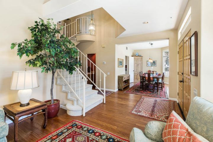 Open and Inviting Floor Plan