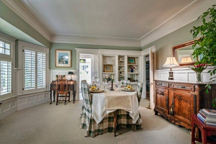 2301 Dining room