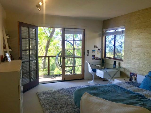 Bedroom 2 to Deck