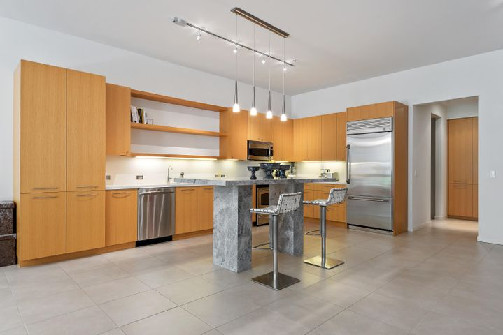 11-Kitchen
