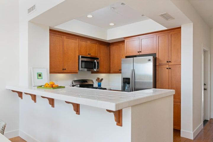 4365 Carpinteria Ave-005-006-Kitchen-MLS