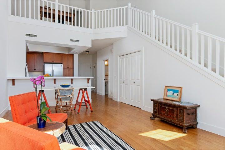 4365 Carpinteria Ave-009-011-Main Living